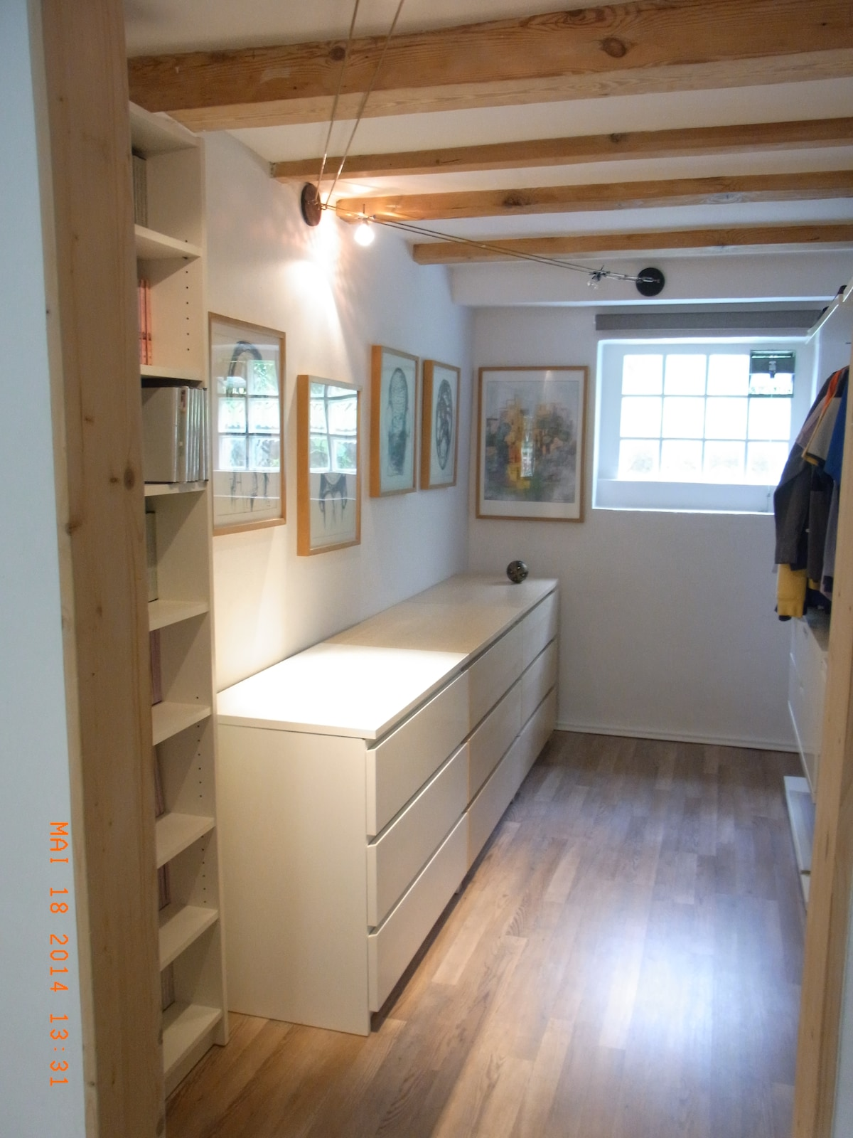 wardrobe room - enough space for your luggage and clothing.