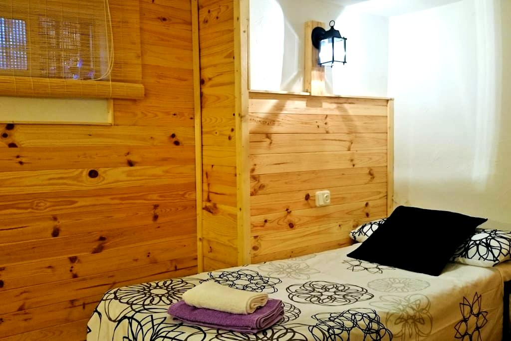 Rooms at the Blue House (2) - Algeciras - Haus