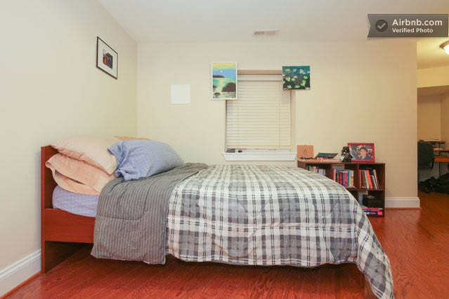1 private bedroom, Logan Circle