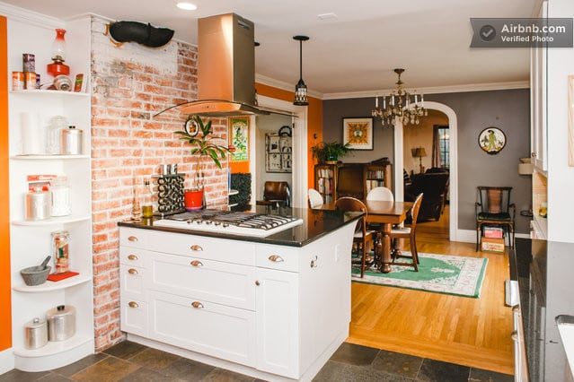 Gas stove with a view of all guest activity, perfect entertaining space!