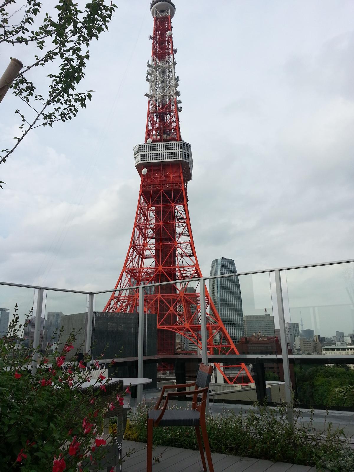 Quiet central area of Tokyo