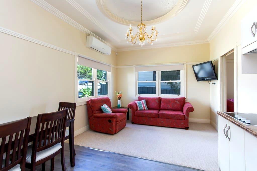 Edith Lodge - Apartment 2 - Waratah - Apartemen