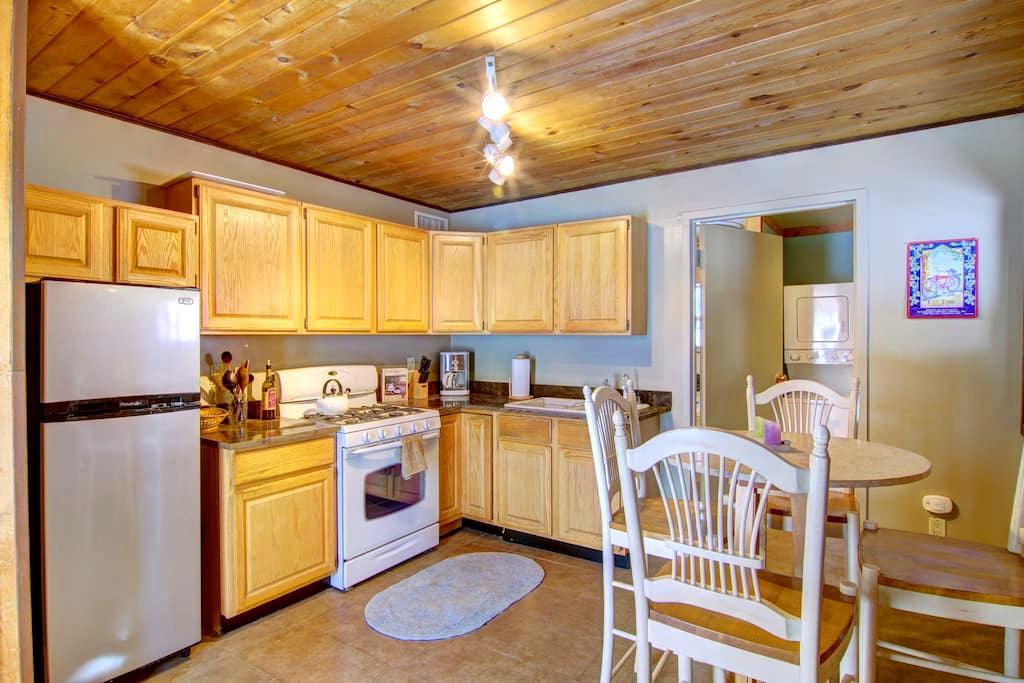 Nice Pet friendly 1BD Apartment - Steamboat Springs - Διαμέρισμα