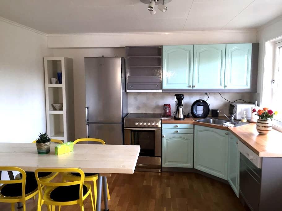 Familievennlig leilighet - Arendal - Pis