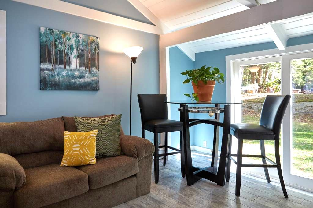 Wooded retreat only 10 mins from the Old Port - Falmouth - Apartemen