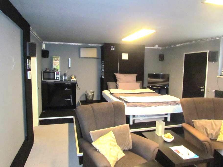 Die Gästewohnung mit dem besonderem Flair - Mönchengladbach - Flat