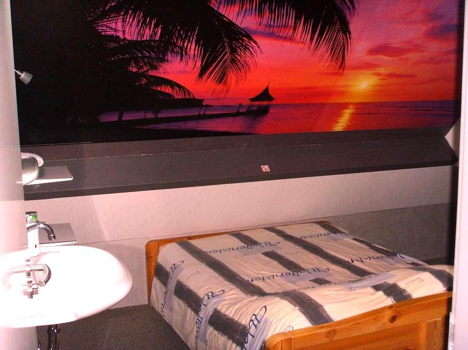 B & B Drentse Zon / Beach room - Nieuw Amsterdam - Bed & Breakfast