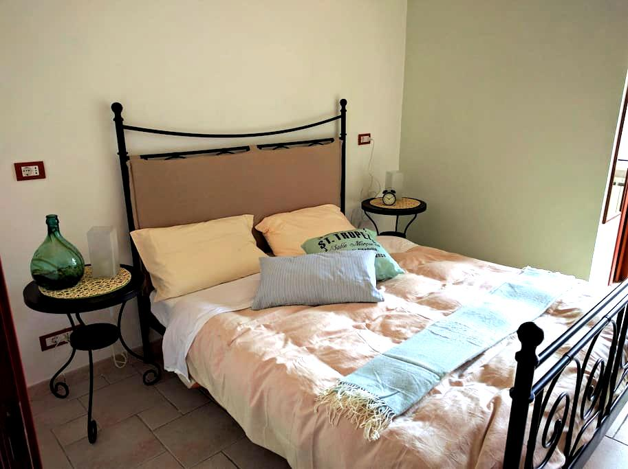 La vecchia pretura, stanza con bagno privato - Vasto - Bed & Breakfast