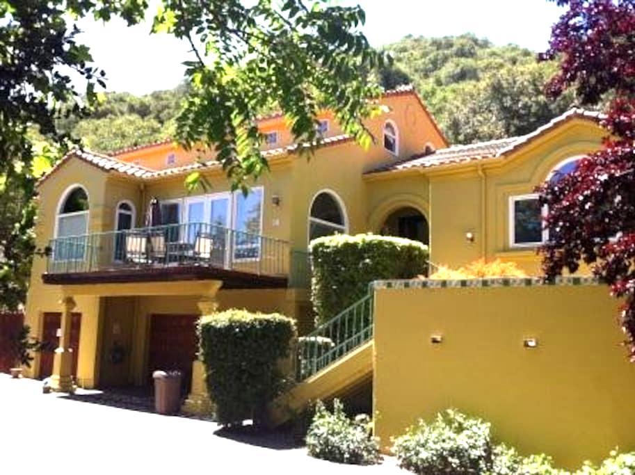 Luxury Apartments Houses Villas In San Luis Obispo Airbnb