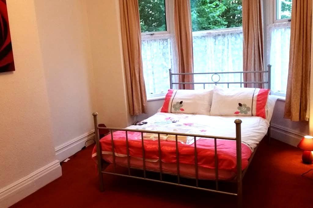 Berwyn Red - Colwyn Bay - Colwyn Bay - House