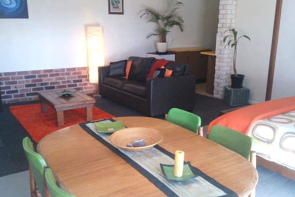 Studio apartment in Bega - Bega - Apartament