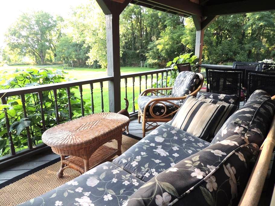 Finger Lakes Granary House - Lodi - House