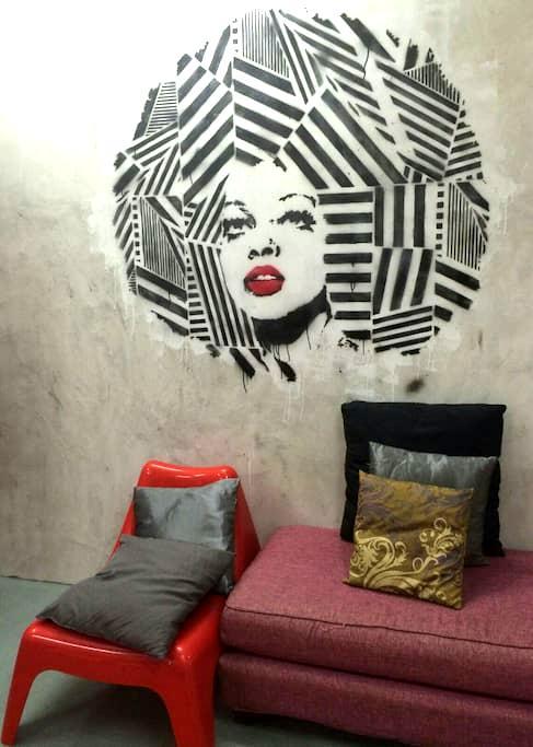 Queen room in Central KL - Kuala Lumpur - Bed & Breakfast