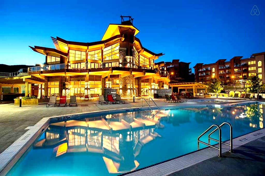 Beautiful 2 bd fully furnish condo - West Kelowna
