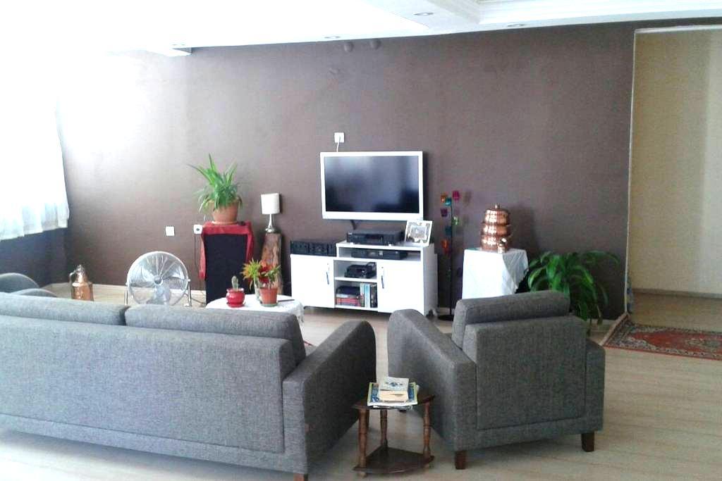 Central,quiet,Cosy Room in Antalya - Antalya - Wohnung