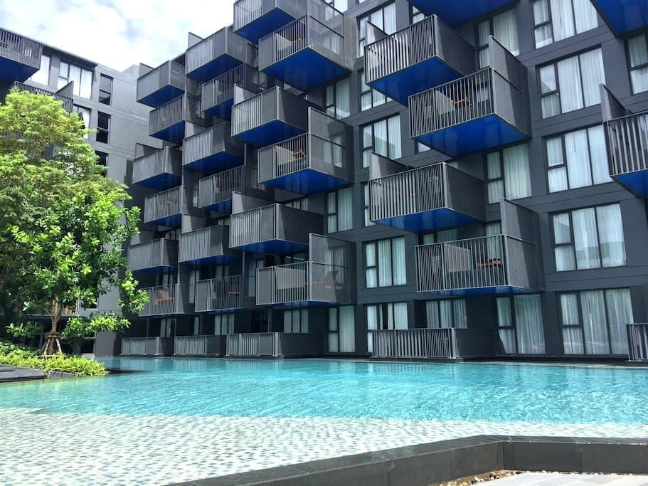 绝佳海上日落观景屋顶花园泳池&全采光中庭泳池景观落地浴缸+24小时保安 - Patong - Apartamento