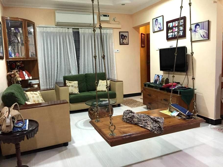 Fully Furnished 1B Apt in Ideal Central Location - Chennai - Lägenhet
