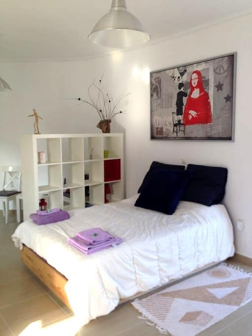Your sunny home in central Sparta - Spárti - Apartment