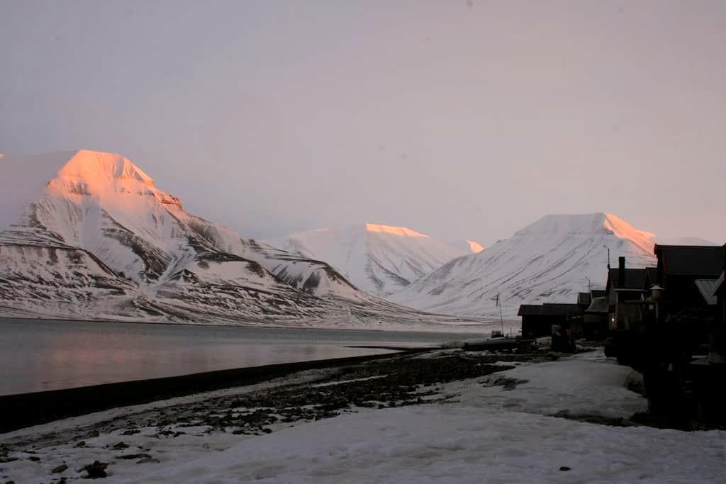 Live like a local - house on the beach - Longyearbyen - Haus