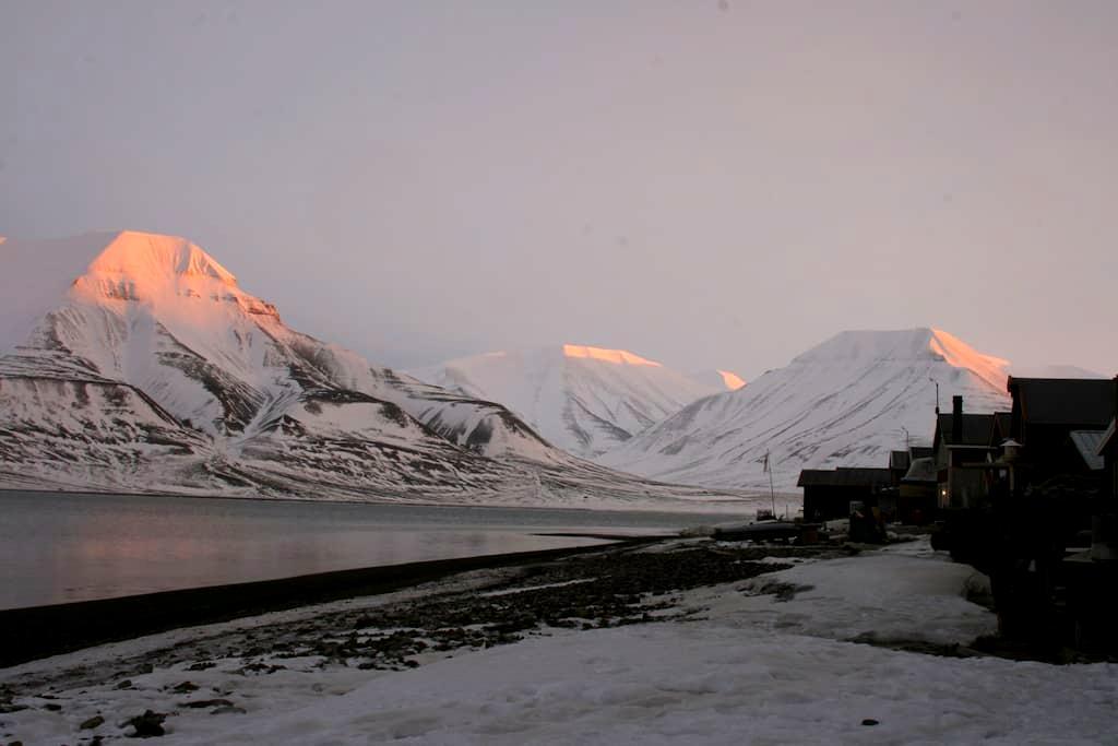 Live like a local - house on the beach - Longyearbyen - Casa