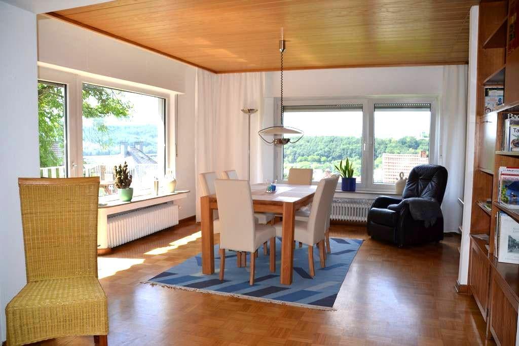 Große Ferienwohnung in Siegen - Siegen - Leilighet