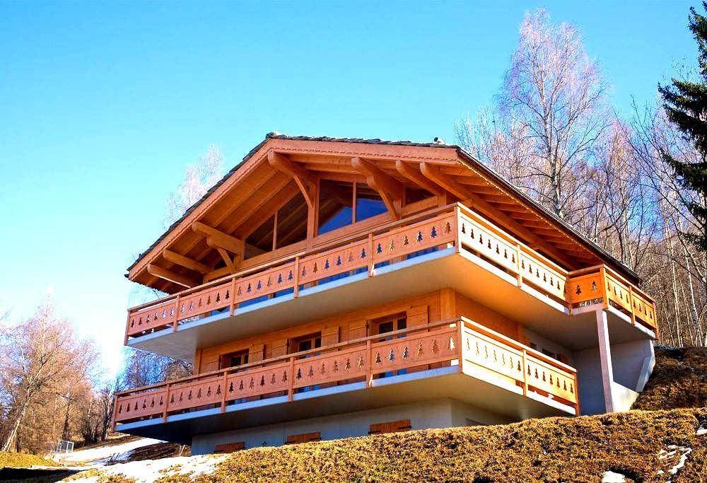 Luxury Chalet in Les Quatre Vallées with sauna - Les Agettes - Lomamökki