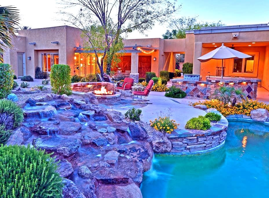 Sunny Secluded Getaway - Paradise Valley