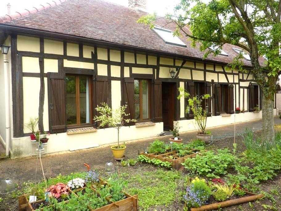 maison champenoise  pan de bois 5p  - Troyes - House