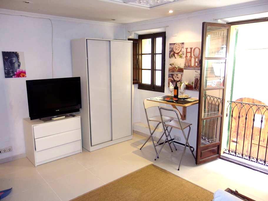 LOFT PERFECT LOCATION CENTER OF OLD TOWN WIFI - Palma - Apartmen