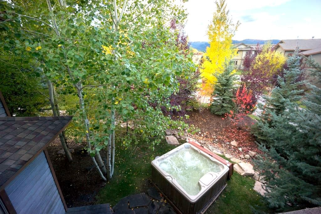 Teton Valley Home with Hot Tub - Victor - House