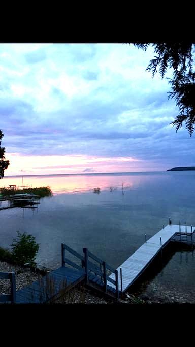 Door County Lakefront  Cottage - Ellison Bay - Rumah