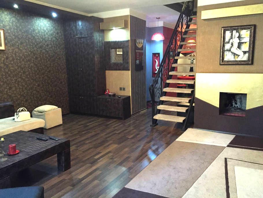 Duplex , centr of the city, 3 room - Baku
