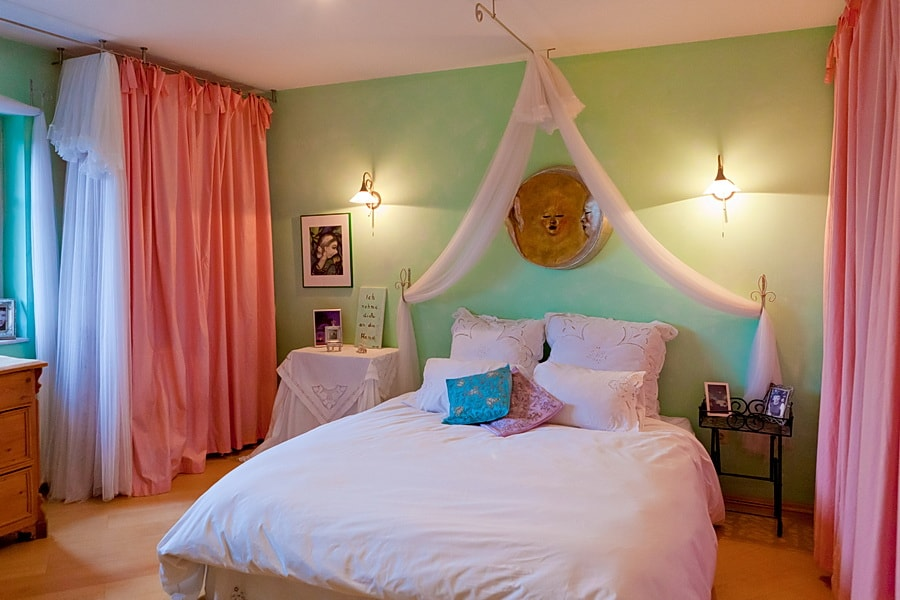 This is your romantic bedroom