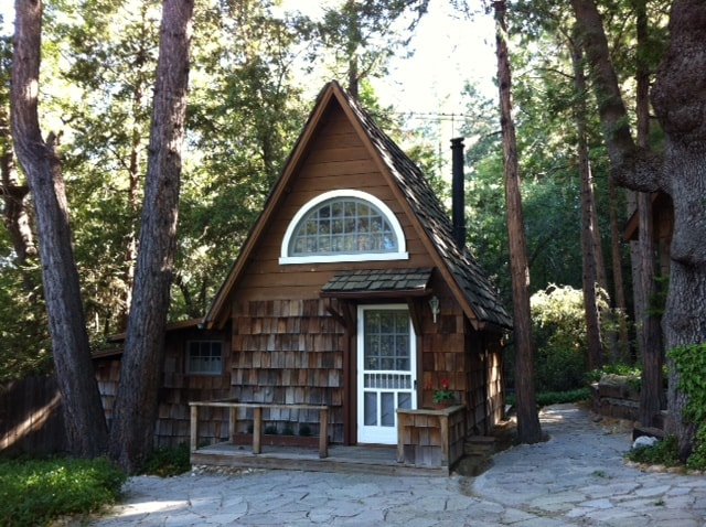 Charming Cottage in the Forest