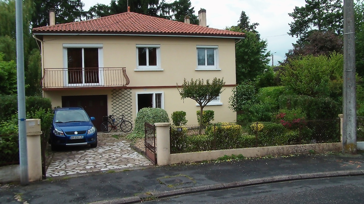100 sqm house quiet area, 10min ctr