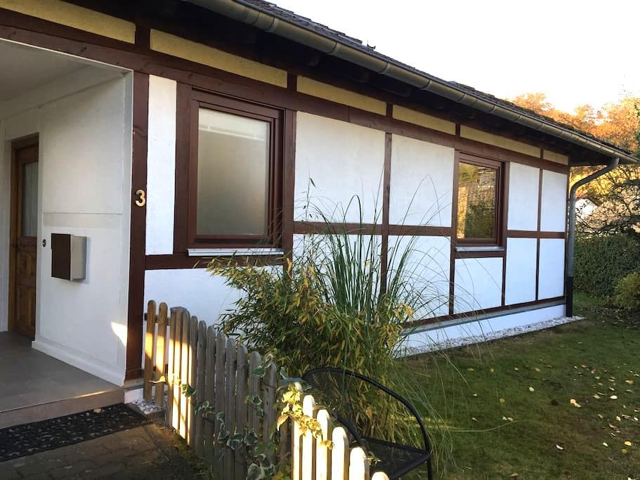 Einliegerwohnung im Fachwerkhaus - Königswinter - Lejlighed