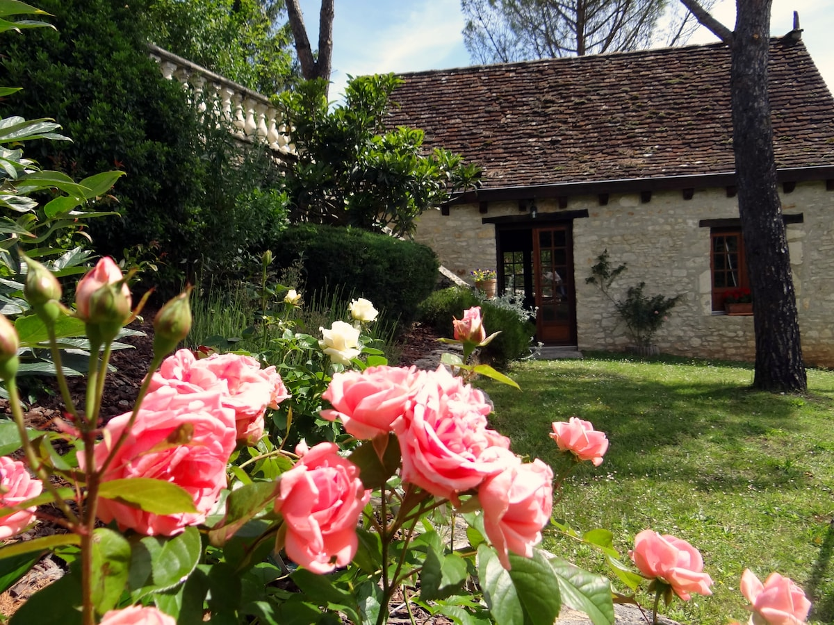 A charming stone house in Dordogne
