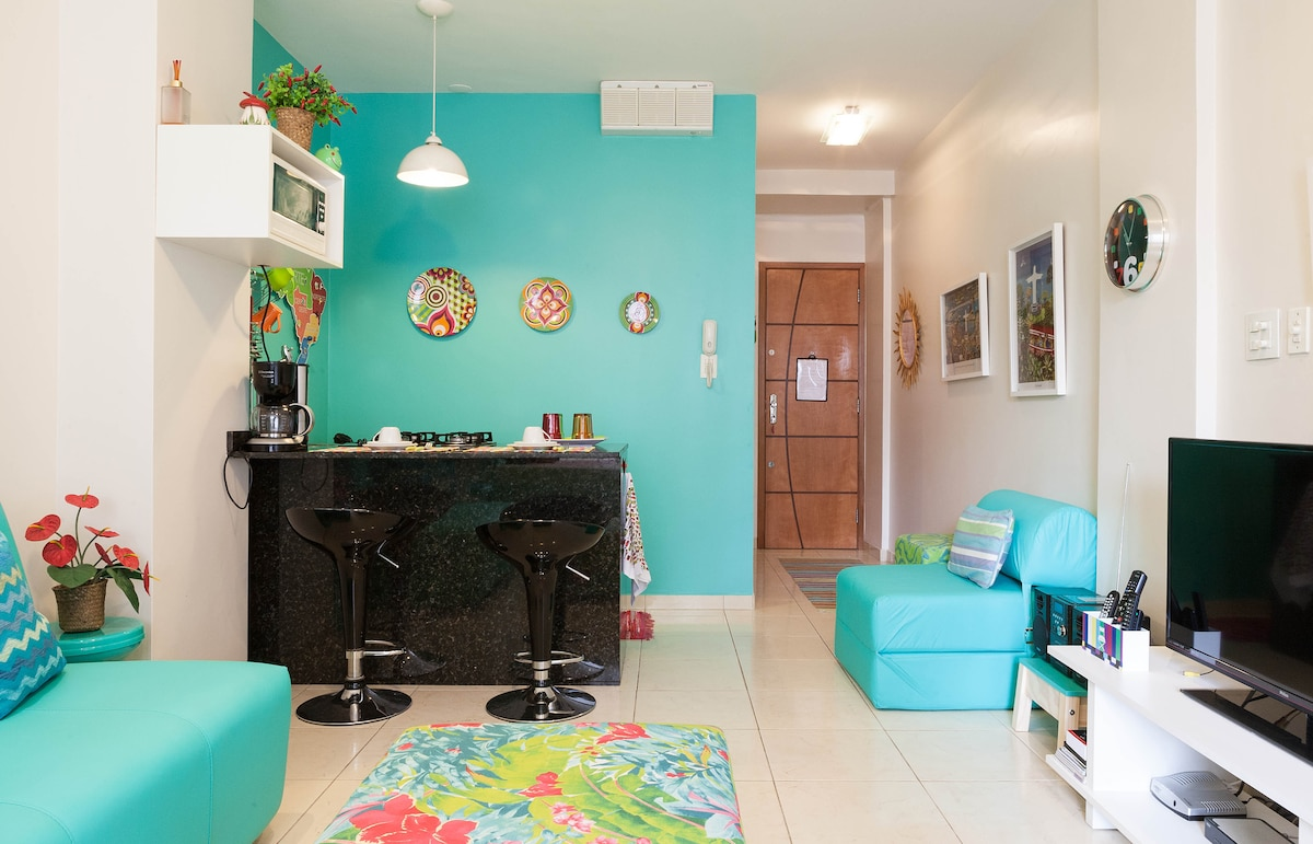 Studio only 2 blocks from the beach