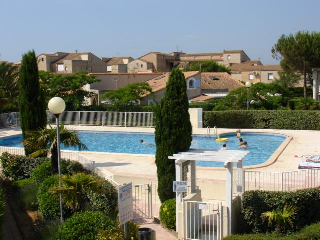 Self catering flat at Valrasplage