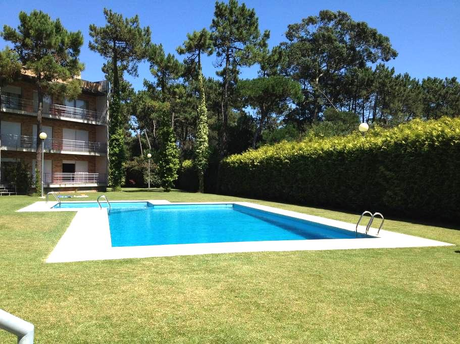 Beach apartment with swimming pool - Fão - Appartement