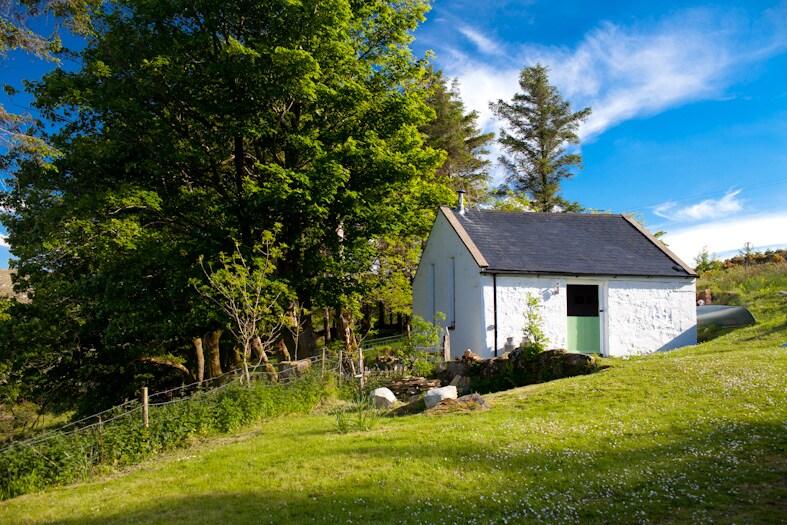 Idyllic cottage retreat in Donegal glen