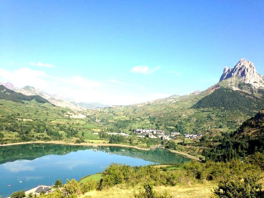 Spain Pyrenees Sallent Aragon - Sallent de Gállego - Flat