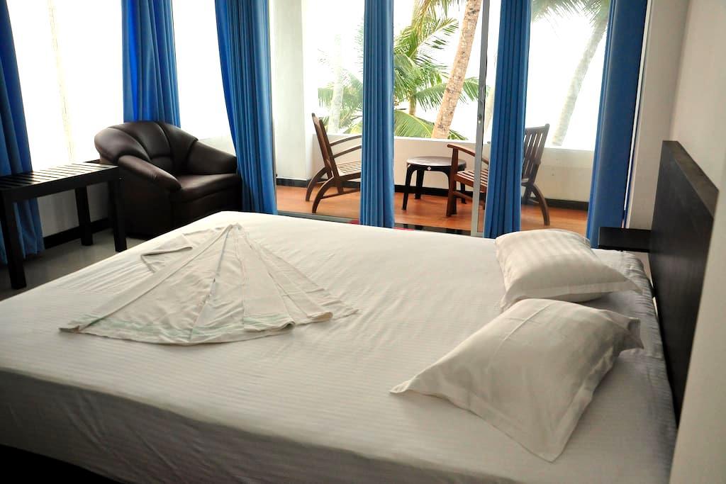 Cool beach room  2 - Hikkaduwa - Haus