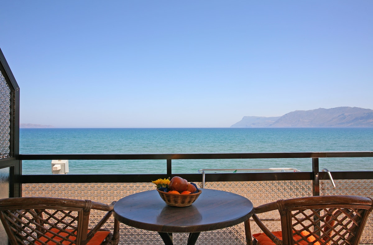 Beachfront Cretan Sea-Quadruple
