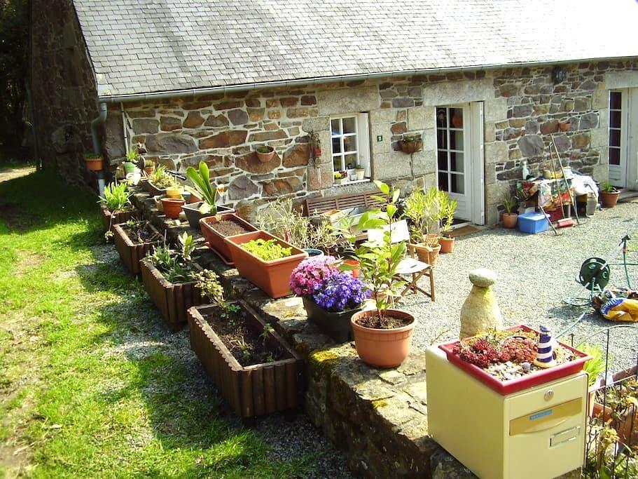 Chambre dans maison Breton - Callac - Talo