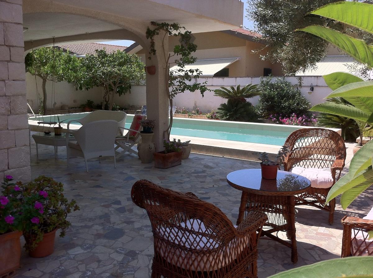 Villa con piscina Marina di Modica