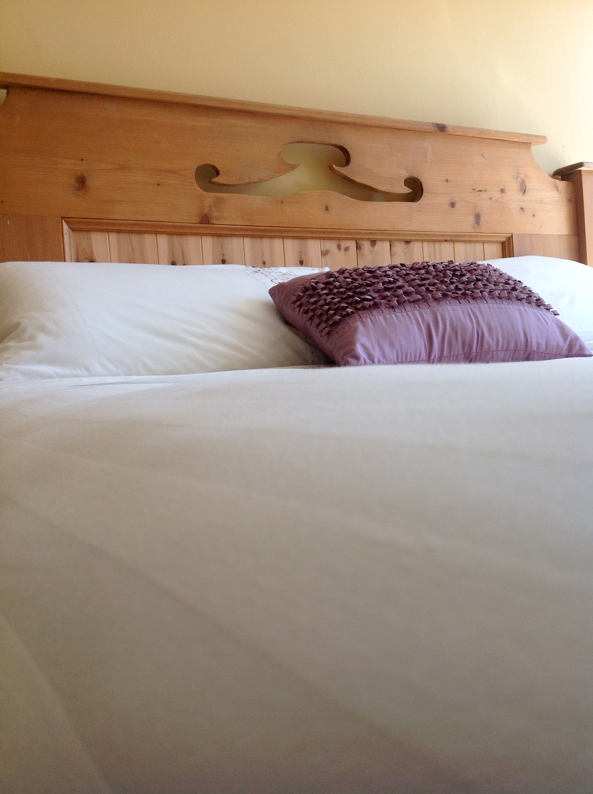 Private double room, Main St Dingle
