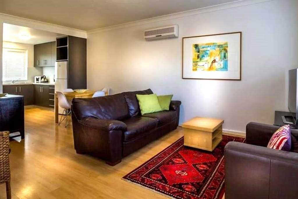 CEN4P, COMFORT AND VALUE IN PERTH - Inglewood