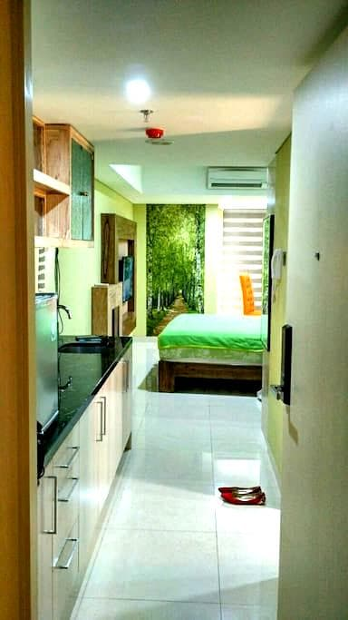 A Cozy Room in Semarang Highlight - Semarang  - Departamento