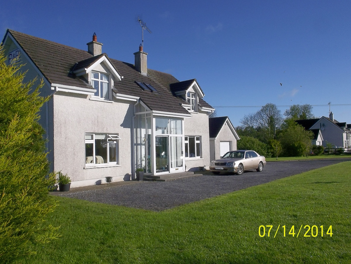 Riverview Country House B+B